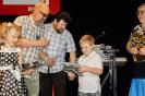 Квартет школы 2072 награждают Александр Пинегин и Алексей Черемисов