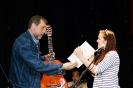 Никита Высоцкий награждает Валерию Вершинину